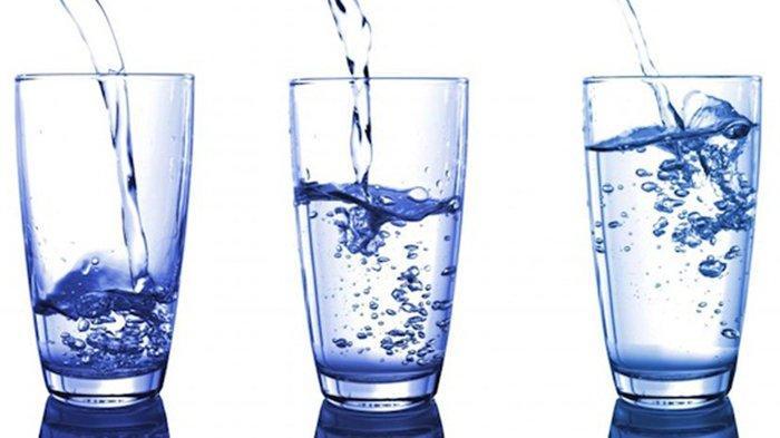 Ilustrasi air mineral - Berikut adalah manfaat air mineral untuk kesehatan.