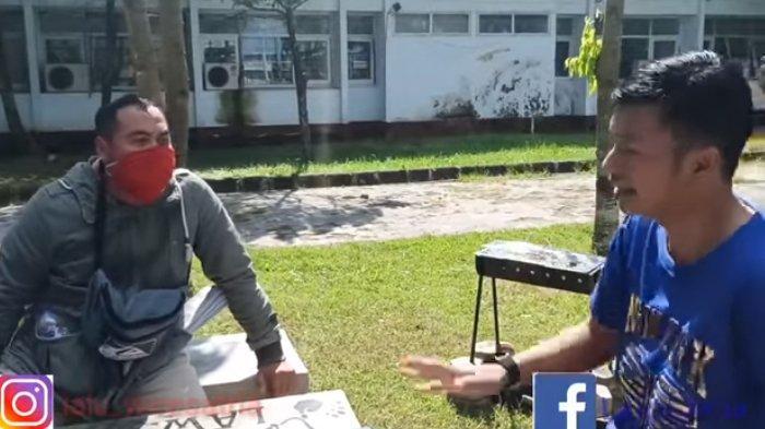 Viral sebuah video di Facebook dan YouTube yang memperlihatkan Kasatreskrim Polres Lombok Tengah AKP Priyo Suhartono menolak laporan seorang anak asal Lombok Tengah berinisial M (40) ingin memenjarakan ibu kandungnya, K (60). (Tangkapan layar YouTube)