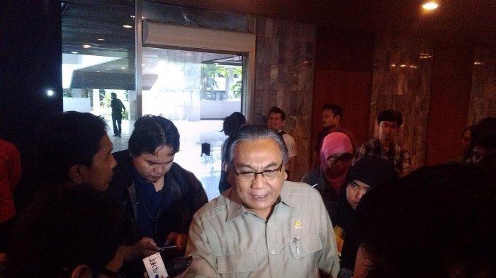 Sekretaris DPP PDI Perjuangan, Bambang Wuryanto. PDIP Warning Jokowi Jika Berani Keluarkan Perppu UU KPK: Kami Anggota DPR Punya Otoritas Sendiri.