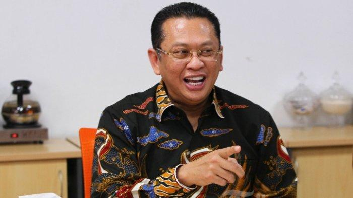 Ketua MPR RI Bambang Soesatyo berbincang dengan awak redaksi Tribun Network dalam acara kunjungan Pimpinan MPR RI ke Redaksi Tribunnews di Palmerah, Jakarta, Rabu (18/12/2019). TRIBUNNEWS/DANY PERMANA