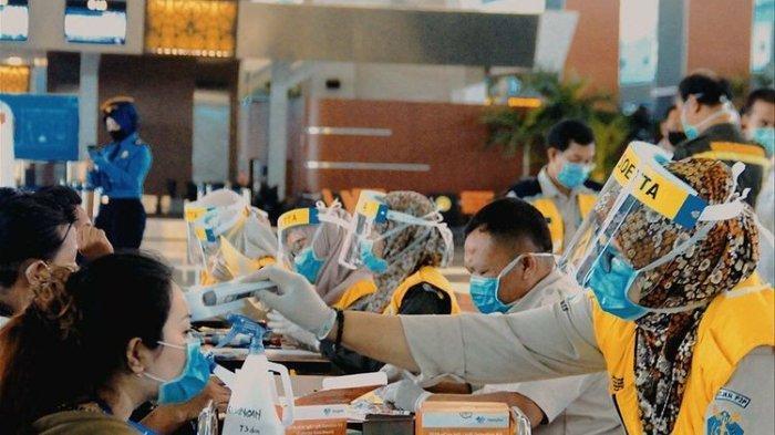 Bandara Soekarno-Hatta mendapat predikat sebagai salah satu bandara di dunia yang aman dari Covid-19 berdasarkan Safe Travel Barometer.