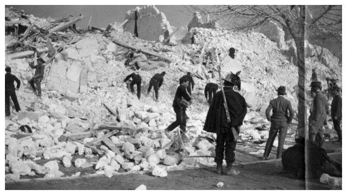 bangunan-rusak-akibat-gempa.jpg