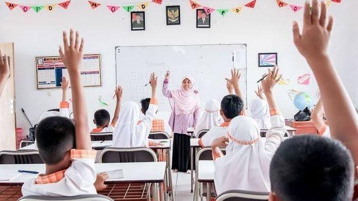 Ilustrasi kegiatan belajar mengajar di sekolah