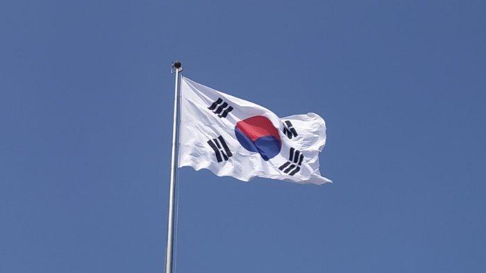 FOTO: Bendera Korea Selatan berkibar di langit lepas