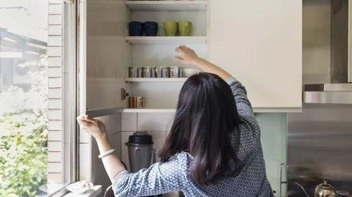 bersih-bersih rumah dengan ampas kopi