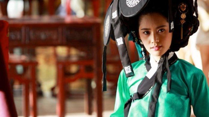 choo-ja-hyun-dalam-film-portrait-of-a-beauty-2008.jpg