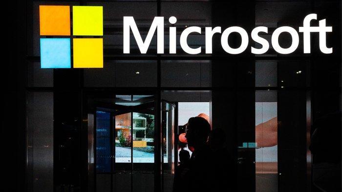 Co-founder dan mantan CEO Microsoft Bill Gates mundur dari dewan Microsoft untuk menghabiskan lebih banyak waktu di Bill and Melinda Gates Foundation. Jeenah Moon / Getty Images / AFP