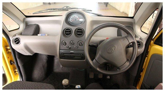 Dashboard Tata Nano