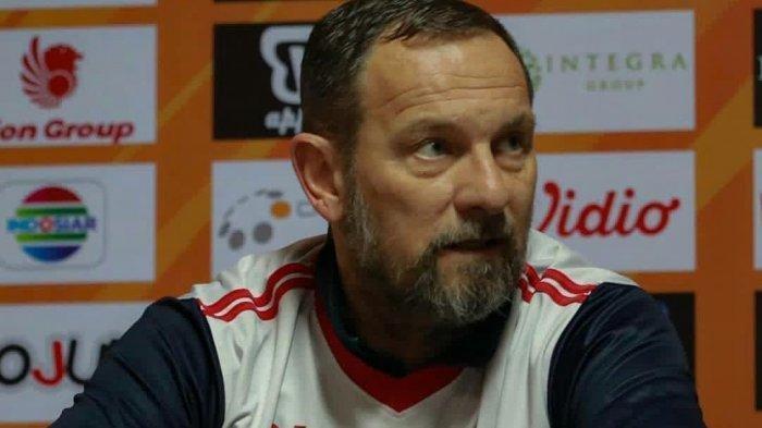 Dejan Antonic, akan melatih PSS Sleman di Liga 1 2020.