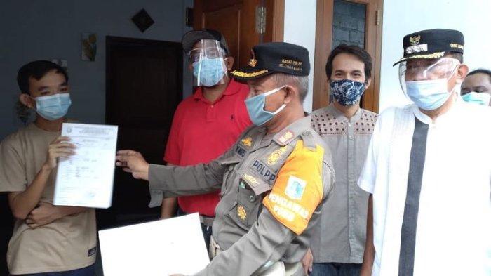 Suku Dinas Ketahanan Pangan Kelautan dan Pertanian (Sudin KPKP) Jakarta Selatan menyita tiga monyet yang disiksa oleh Youtuber Rian Mardiansyah di rumahnya pada Senin (1/2/2021).