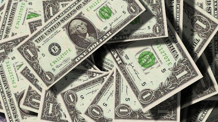 Kepolisian menyebut uang hasil rampokan David yang disebar telah dikembalikan ke bank. Namun demikian, masih terdapat sebagian yang hilang (Ilustrasi)