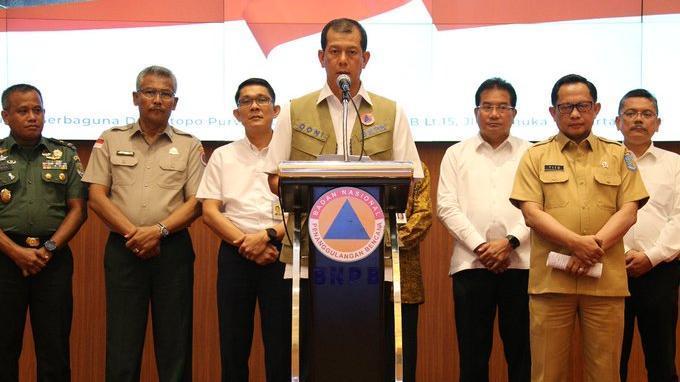 Kepala BNPB Doni Monardo ditunjuk Presiden Joko Widodo sebagai Ketua Gugus Tugas Percepatan Penanganan Covid-19.(twitter.com/BNPB_Indonesia)