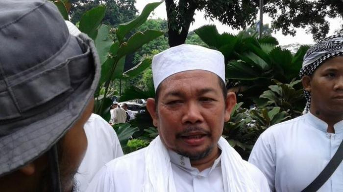 Petinggi Front Pmbela Islam (FPI) Fahrurrozi Ishaq meninggal dunia di Rumah Sakit Premier Jatinegara, Jakarta, pada Selasa (27/10/2020).