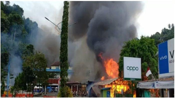 Terjadi kerusuhan di Kabupaten Fakfak, Papua Barat, Rabu (21/8/2019), pasar dibakar.
