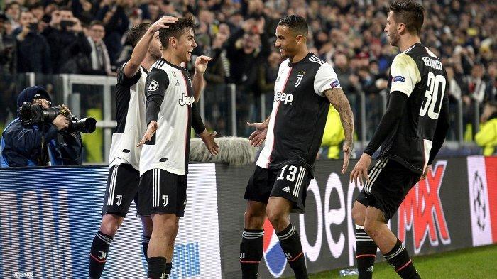 Paulo Dybala (tengah kiri) menjadi penentu kemenangan dengan gol semata wayangnya di laga Grup D, Liga Champions antara Juventus kontra Atletico di Juventus Stadium, Selasa (26/11/2019).
