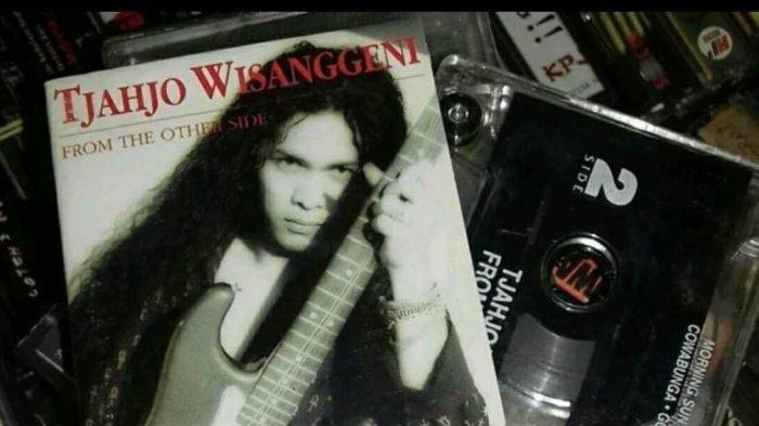 gitaris-tjahyo-wisanggeni-dikenal-dewa-gitar.jpg