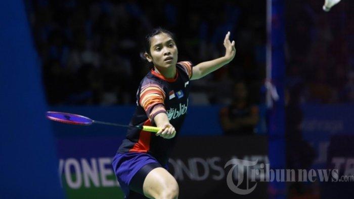 Gregoria Mariska Tunjung saat bertanding pada babak II Indonesia Open 2019, di Istora Senayan Jakarta, Kamis (18/7/2019). Gregoria harus menyudahi perlawanan setelah dikalahkan Ratchanok Intanon setelah bermain tiga set dengan skor 13-21, 21-19, dan 21-15.
