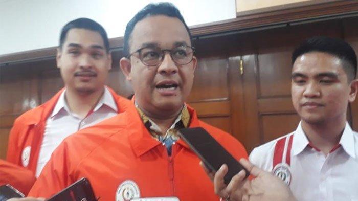 Gubernur DKI Jakarta Anies Baswedan di Balai Kota DKI Jakarta, Jalan Medan Merdeka Selatan, Jumat (14/2/2020).(KOMPAS.com/NURSITA SARI)