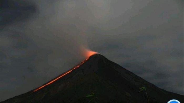 gunung-karangetang-lava.jpg