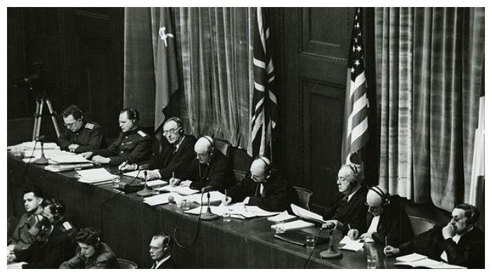 Para hakim di Pengadilan Nuremberg
