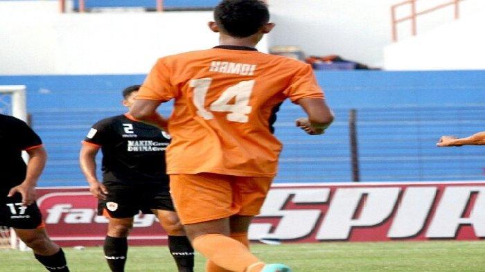 Mitahul Hamdi di Persiraja Banda Aceh.