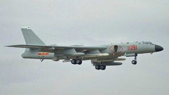 Ilustrasi bomber H-6