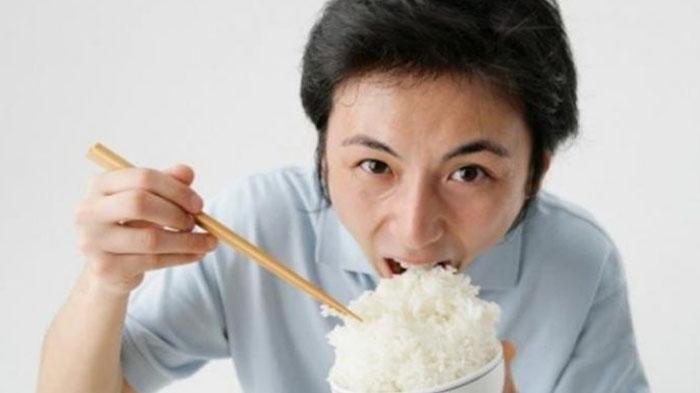 ilustrasi-makan-nasi-putih.jpg