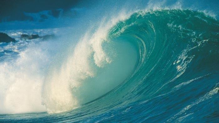 Ilustrasi ombak tinggi - BMKG telah merilis peringatan dini gelombang tinggi besok Selasa, 1 Desember 2020. Waspada 10 perairan.