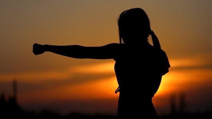 ilustrasi-perempuan-karate-34.jpg