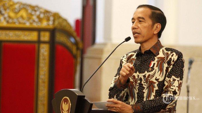 (Ilustrasi - Jokowi punya wewenang untuk pecat PNS) - Presiden Joko Widodo memberikan arahan dalam Rakornas Pengendalian Kebakaran Hutan dan Lahan (Karhutla) Tahun 2019 di Istana Negara, Jakarta Pusat, Selasa (6/8/2019). Dalam arahannya, Presiden Jokowi meminta agar jajaran TNI dan Polri membantu pemerintah daerah dalam mengatasi masalah kebakaran hutan dan lahan.