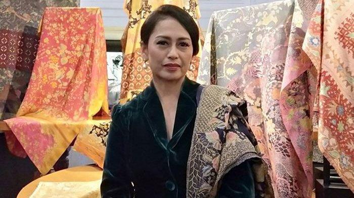 Insana Abdul Adjid, istri Ilham Habibie dan merupakan menantu pertama BJ Habibie.
