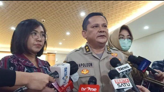Mantan Kadiv Hubinter Polri Irjen Napoleon Bonaparte usai diperiksa sebagai tersangka kasus dugaan suap penghapusan red notice Djoko Tjandra, di Bareskrim Polri, Jakarta, Jumat (28/8/2020).