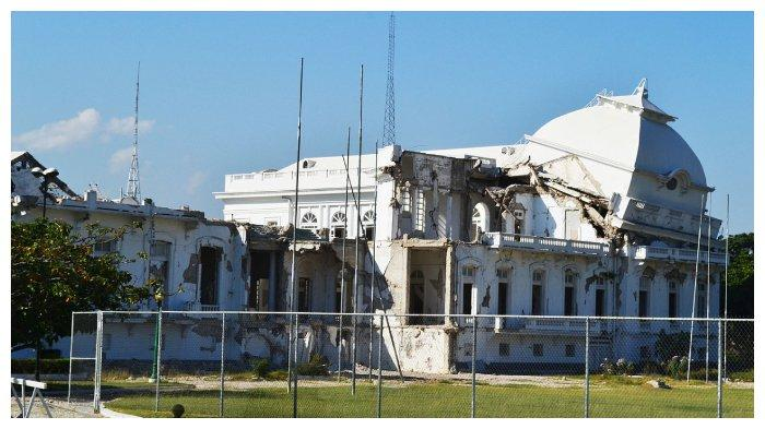 istana-kepresidenan-haiti.jpg