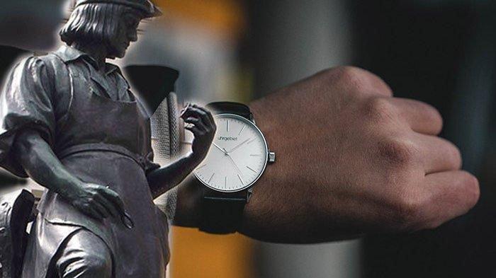 Jam Tangan dan Peter-Henlein