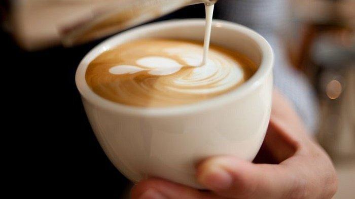 kebiasaan minum kopi