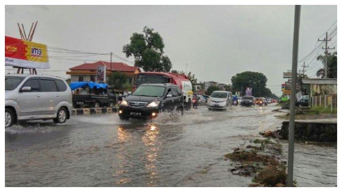 Musim hujan banjir
