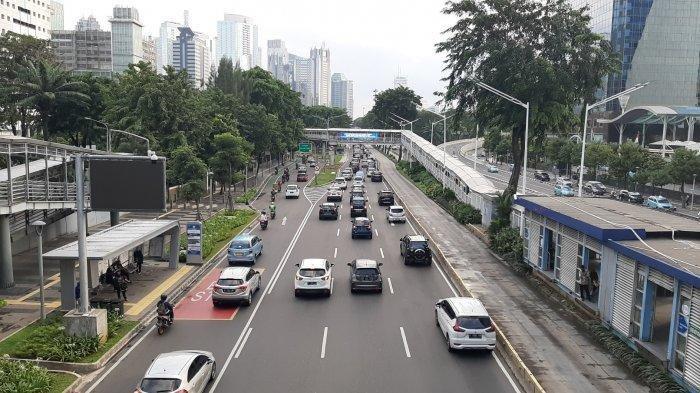 kepadatan-arus-lalu-lintas-terjadi-di-jalan-mh-thamrin-jalan-sudirman.jpg