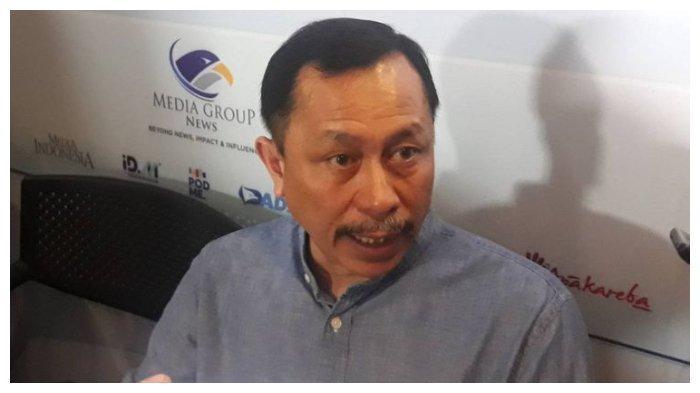 Ketua Komnas HAM Ahmad Taufan Damanik seusai sebuah diskusi di kawasan Gondangdia, Jakarta Pusat, Minggu (9/2/2020).