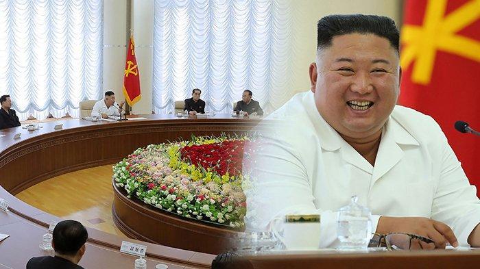 kim-jong-un-senyum-manis-rapat-sosial-distancing.jpg