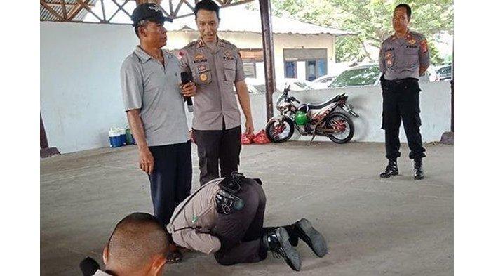 (ilustrasi) Kisah viral anak penjual sate keliling jadi polisi, cium kaki ayahnya hingga buat Kapolres terharu.