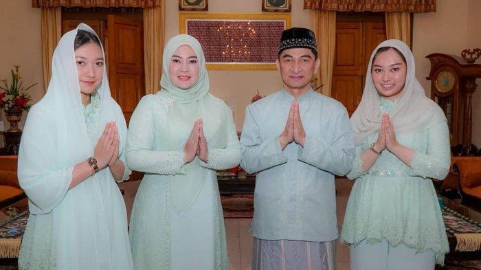 Keluarga Irna Narulita.