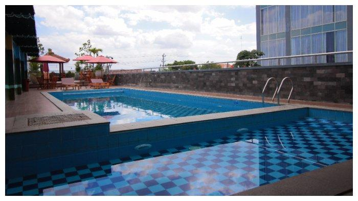 Kolam Renang Forriz Hotel Yogyakarta