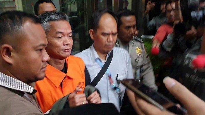 Komisioner KPU Wahyu Setiawan resmi ditahan KPK.(Tribunnews.com/Ilham Rian Pratama)