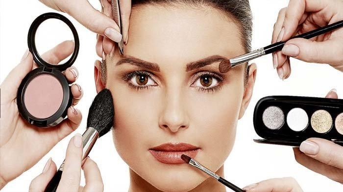 Ilsutrasi make up dan kosmetik