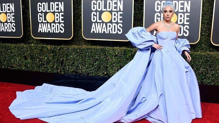 Lady Gaga saat di red carpet Golden Globe 2021