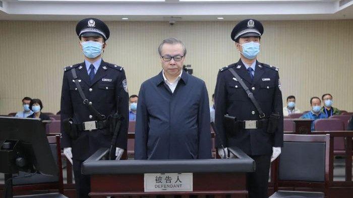 lai-xiaoming-terancam-hukuman-mati-setelah-timbun-uang-tiga-ton.jpg