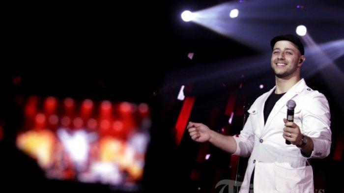 Maher Zain tampil pada konsernya yang bertajuk 'Malam 1000 Keberkahan Maher Zain' di Tennis Indoor Senayan, Jakarta Pusat, Jumat (22/11/2013) malam. Ini merupakan ketiga kalinya Maher Zain menggelar konser di Jakarta.