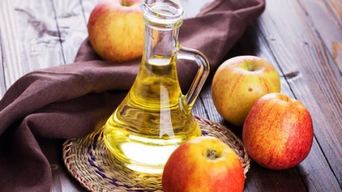 Manfaat cuka sari apel untuk menurunkan berat badan