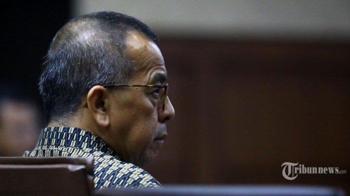 mantan-direktur-utama-garuda-indonesia-emirsyah-satar.jpg