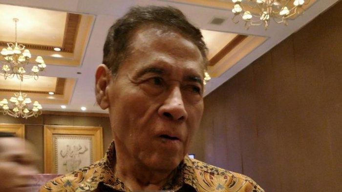 Perumus Rancangan Kitab Undang-undang Hukum Pidana (RKUHP) Muladi, ketika ditemui di hotel Aryaduta, Jakarta, Selasa (19/12/2017).